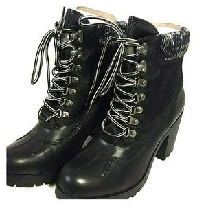 Rock and Candy Mila Womens Round Toe Ankle Boot